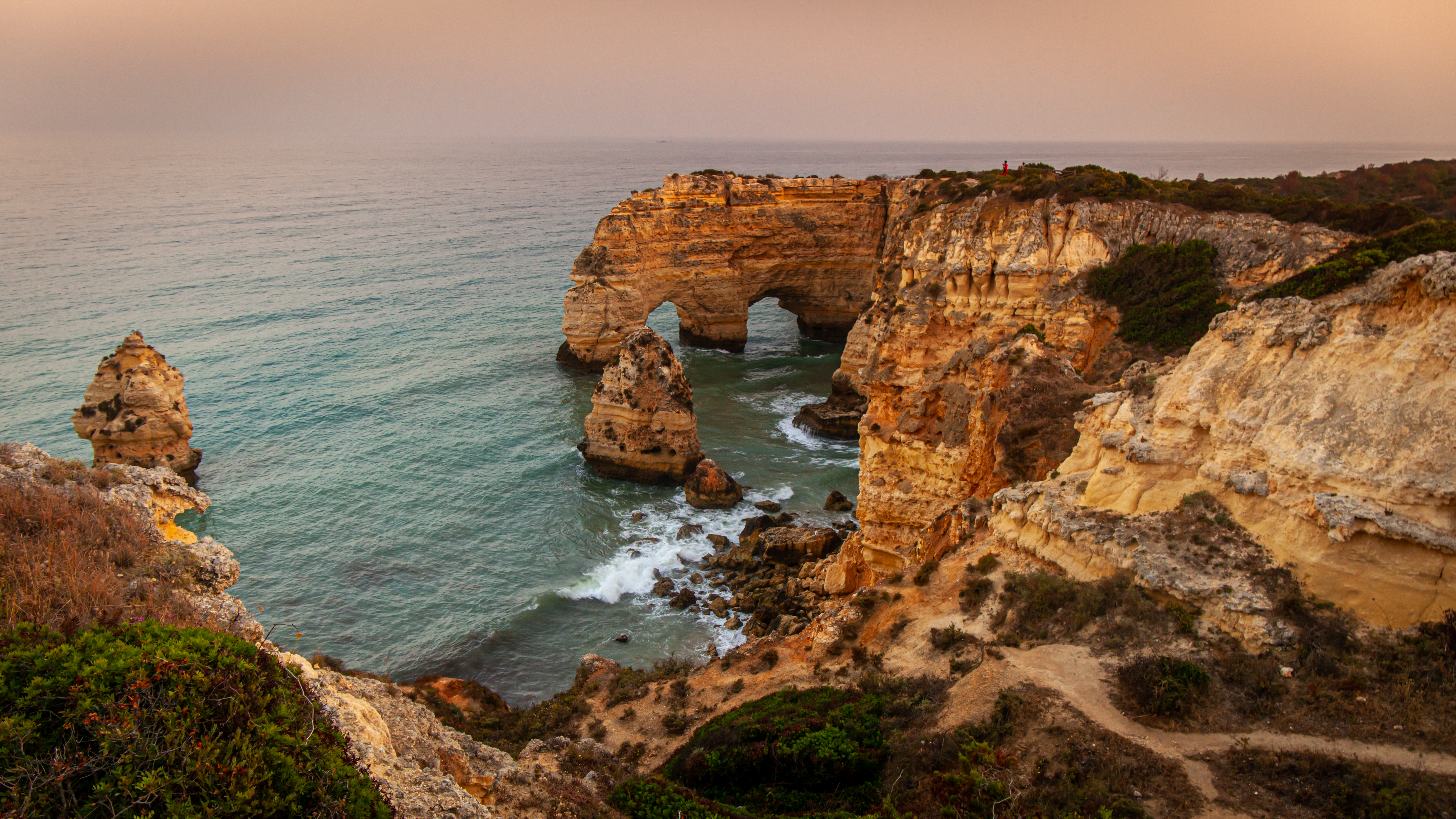 A guide to buying in portugal